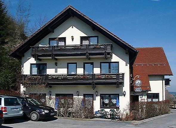Bergstueberl.jpg (78550 Byte)